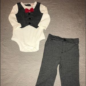 ⭐️ Adorable outfit6-9months